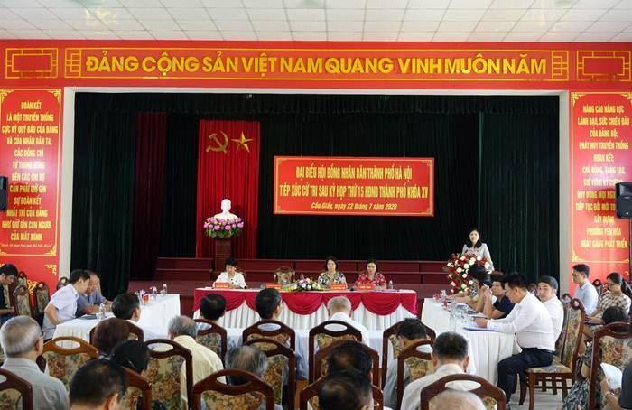 Quận Cầu Giấy tổ chức tiếp xúc cử tri với đại biểu HĐND TP Hà Nội sau kỳ họp thứ 15 khóa XV