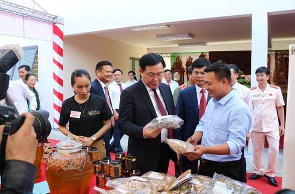 Huyện Quốc Oai tổ chức hội chợ trưng bày, giới thiệu nông sản sạch