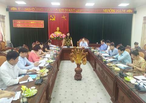 Đồng chí Nguyễn Lan Hương - Chủ tịch Ủy ban MTTQ Việt Nam TP làm việc với Ủy ban MTTQ Việt Nam huyện Thanh Trì