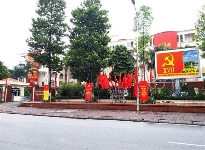 Quận Thanh Xuân tổ chức các hoạt động thông tin, tuyên truyền chào mừng Đại hội đại biểu Đảng bộ thành phố Hà Nội lần thứ XVII và kỷ niệm 1010 năm Thăng Long - Hà Nội (từ ngày 25/9 đến 15/10)