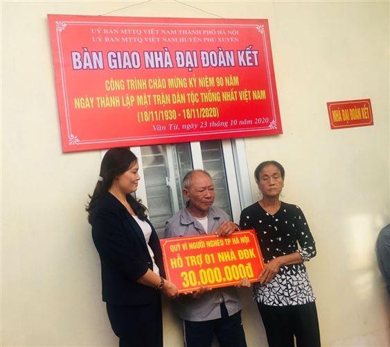Phú Xuyên trao nhà Đại đoàn kết cho hộ nghèo và hỗ trợ gia đình đặc biệt khó khăn
