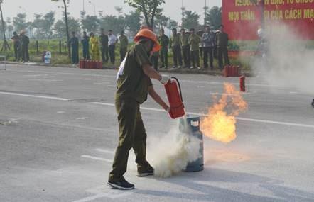 Huyện Mê Linh tổ chức Hội thi nghiệp vụ chữa cháy, cứu nạn, cứu hộ lần thứ V năm 2020.