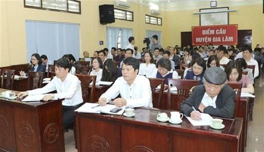 Đại biểu Quốc hội khóa XIV thành phố Hà Nội tiếp xúc cử tri huyện Gia Lâm sau kỳ họp thứ 10