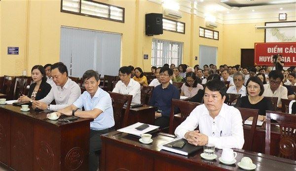 Đại biểu HĐND thành phố Hà Nội tiếp xúc cử tri trước kỳ họp thứ 18 HĐND thành phố khóa XV