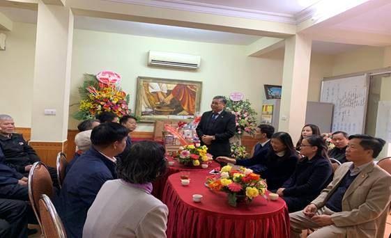 Đoàn đại biểu lãnh đạo quận Hoàng Mai chúc mừng Lễ Giáng sinh năm 2020 tại nhà thờ Hội thánh Tin Lành Sở Thượng