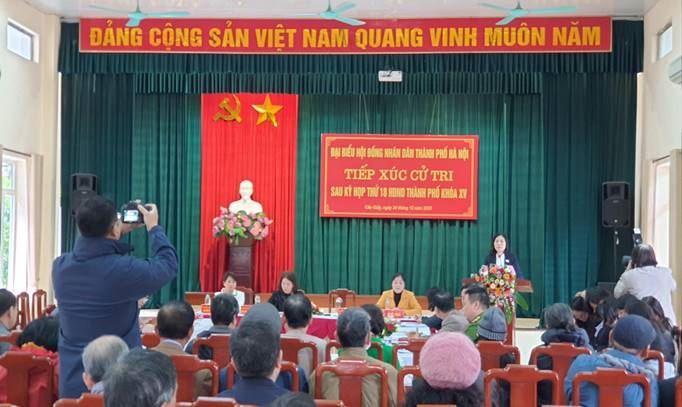 Tổ đại biểu HĐND Thành phố tiếp xúc với cử tri quận Cầu Giấy sau kỳ họp thứ 18
