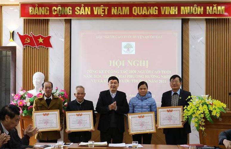 Huyện Quốc Oai tổng kết công tác Hội Người cao tuổi năm 2020. Triển khai phương hương nhiệm vụ và ký giao ước thi đua năm 2021