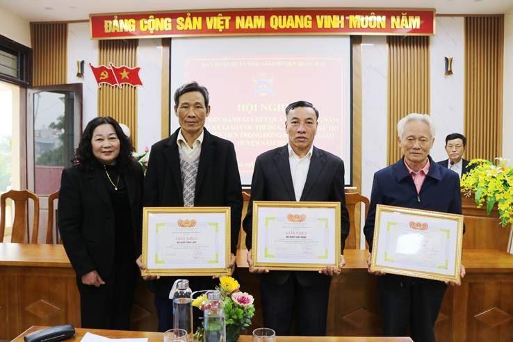 Ban đoàn kết Công giáo huyện Quốc Oai tổng kết năm 2020 và ký kết thi đua năm 2021