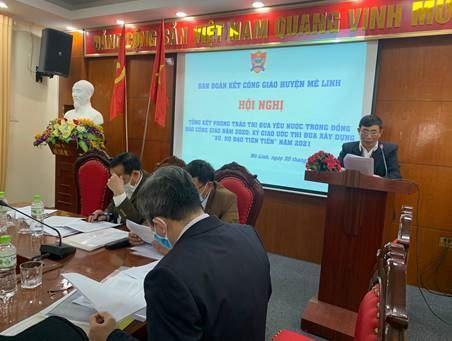 """Ban Đoàn kết Công giáo huyện Mê Linh tổ chức Hội nghị tổng kết phong trào thi đua yêu nước năm 2020 và ký giao ước thi đua xây dựng """"Xứ, Họ đạo tiên tiến"""" năm 2021."""