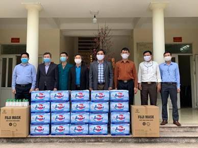 Ủy ban MTTQ Việt Nam huyện Mê Linh phối hợp hỗ trợ nhu yếu phẩm phòng chống dịch Covid-19 tại thôn Bạch Trữ, xã Tiến Thắng