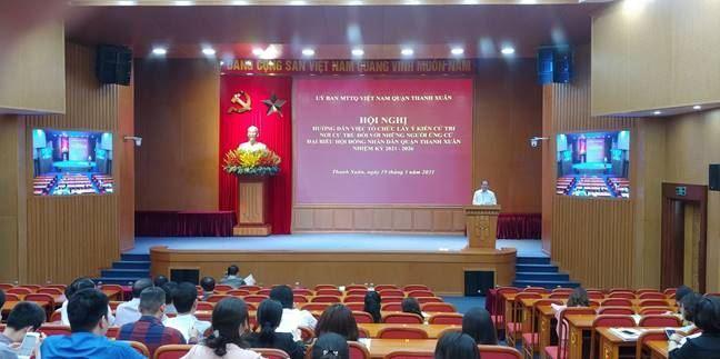 Ban Thường trực Ủy ban MTTQ Việt Nam quận Thanh Xuân hướng dẫn tổ chức Hội nghị lấy ý kiến nhận xét và tín nhiệm của cử tri nơi cư trú đối với người ứng cử đại biểu hội đồng nhân dân quận Thanh Xuân nhiệm kỳ 2021-2026