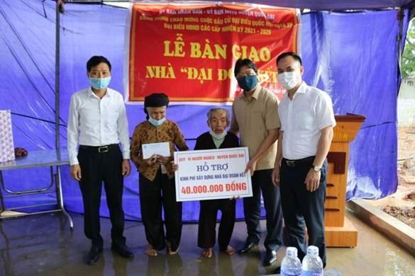 Uỷ ban MTTQ Việt Nam huyện Quốc Oai khánh thành bàn giao nhà đại đoàn chào mừng bầu cử đại biểu Quốc Hội khóa XV, đại biểu HĐND các cấp nhiệm kỳ 2021-2026 và kỷ niệm 131 năm ngày sinh của Chủ tịch Hồ Chí Minh