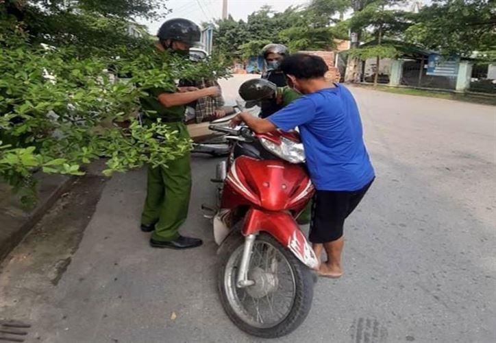Thạch Thất tăng cường xử lý nghiêm các trường hợp vi phạm Chỉ thị 17 của Chủ tịch UBND thành phố Hà Nội