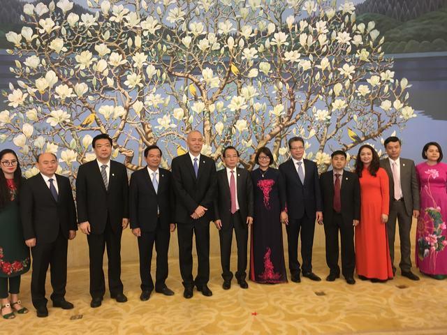 Đoàn Ủy ban MTTQ Việt Nam TP Hà Nội trao đổi, học tập kinh nghiệm tại Bắc Kinh và Thượng Hải