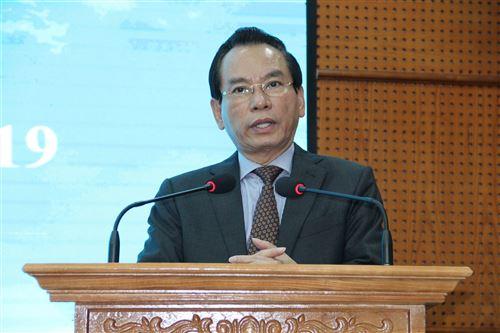 Đồng chí Vũ Hồng Khanh - nguyên Chủ tịch Ủy ban MTTQ Việt Nam TP phát biểu tại hội nghị