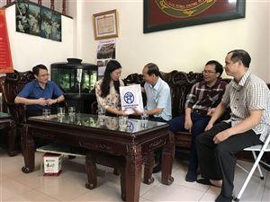 Đoàn công tác TP thăm các gia đình nơi xảy ra vụ cháy nhà máy Rạng Đông
